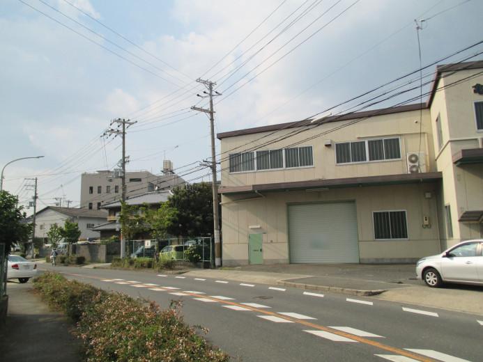 鶴見区焼野 貸倉庫